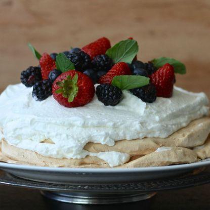 Strawberry Vanila Cake