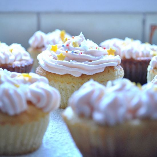 Peach Vanila Mini Cupcake
